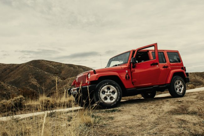 Rød SUV